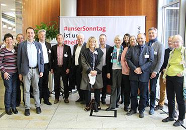 Vertreterinnen und Vertreter der vier Kirchenkreise aus dem Bereich des Evangelischen Kirchenverbandes Köln und Region auf der Landessynode 2018 der EKiR