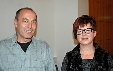 Pfarrer Hartmut Müggenburg und Inge Malcherek-Mordelt