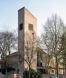 Evangelische Dreifaltigkeitskirche Ossendorf